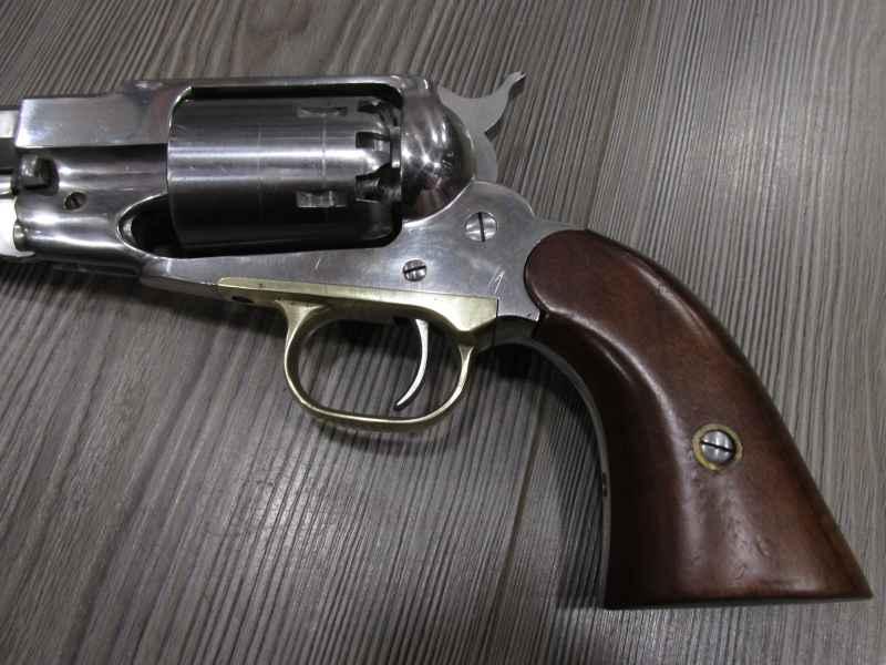 PIETTA 1858 REMINGTON inox (vendu)